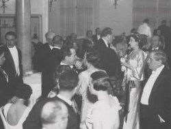 podczas Balu Tricolore wydanym przez Stowarzyszenie Kombatantów Francuskich w jednej z sal Hotelu Europejskiego w 1935 roku